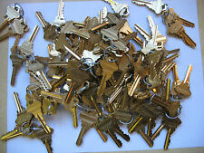 40 PIECES  10 SETS OF 4 SAME KEY SCHLAGE PRECUT ALIKE LOCKSMITH 5 PIN SC1 KEYWAY