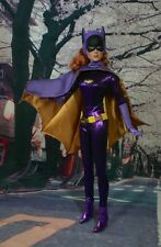 Tonner BATGIRL 1966 Yvonne Craig as Barbara Gordon Batman DC  with wig - MIB