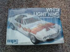WHITE LIGHTNING 1969 FIREBIRD ~ MPC Model Kit 1-0781 ~ 1/25 ~ FACTORY SEALED!!