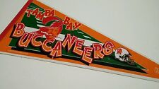 TAMPA BAY BUCCANEERS VINTAGE 1995 FULL SIZE  FOOTBALL PENNANT NFL COLLECTABLES