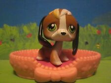 Littlest Pet Shop #113 White-Tan Beagle Dog, Green Eyes. Comes with a dog bed
