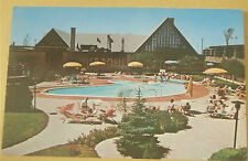 Holiday Inn (10 Minutes from Downtown Montreal) Vintage Hotel Postcard New