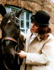 Diana Rigg With Horse 8x10 photo Q4454