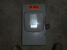 Square D 100 AMP DISCONNECT SAFETY SWITCH D323N NEMA 1 240 V Fusible