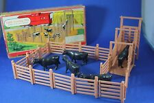 O/S - Plasticville - #1623 Cattle Loading Pen - Excellent Condition