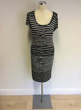 DESIGNER NICOLE MILLER BLACK & GREY STRIPE STRETCH DRESS SIZE M