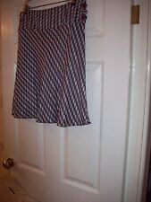 Ladies Ann Taylor Loft Grey/black shiny flirty lined skirt W 16'' L21'' M