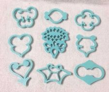 Vintage WILTON 9 Piece Cake Decorating Pattern Fondant Cutter PRESS SET Cookie