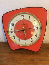 rare horloge pendule en formica saumon rouge JAZ Des Années 50's/ 60 /70
