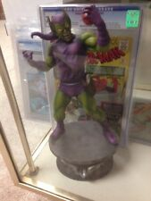 Green Goblin Bowen Statue Mint Displayed In Glass Case For Very Short Time W/ B