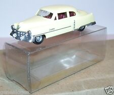 MICRO PRALINE HO 1/87 CADILLAC 1954 LIMOUSINE CREME IN BOX