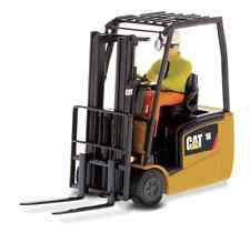 DIECAST MASTERS 85504 1:25 SCALE CAT EP16(C)PNY FORKLIFT TRUCK (MIB)