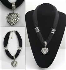 New ladies short  Jewelry Necklace Scarf with Heart Pendants