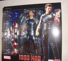 MARVEL BANDAI FIGUARTS IRON MAN TONY STARK WITH POWER BASE US SELLER