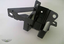 Discovery 3 & 4 New Genuine Rear Right 3rd Row Seat Latch Bracket HTM500040