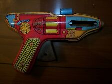 J. Chein Tin Litho Sparking Sheriff Ray Gun works, needs flint and side covers
