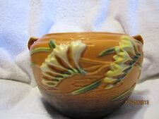 """Roseville Freesia Jardiniere Brown 669-6"""" Very Good Condition"""