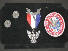 Eagle Scout Award Kit with patch & 2 Dad Pins  CFJ3   eb07
