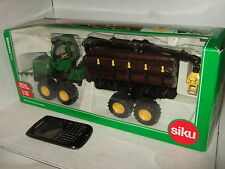 Siku 4061 John Deere Forestry Forwarder Diecast Model in 1:32 Scale.