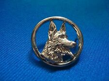 PORTUGAL MILITARY POLICE K 9 RESCUE DOG PIN BADGE 24mm