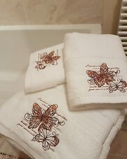 Set of 3 beautiful vintage Paris theme embroidered hand towels shabby chic