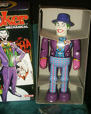 JOKER of Batman Tin Wind-Up Robot 1989 Billiken Mint in mint box. *make an offer