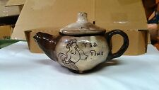 LOVELY/CRUDE/UNIQUE/HAND MADE BROWN & CREAM CLAY/POTTERY HEN ''TEA TIME'' TEAPOT