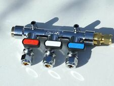 LPG Gas Manifold 3 tap with straight inlet 3/8BSP to 8mm copper and 3/8BSP plug.