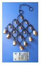 Pendente in metallo 9 ovali 16 campanelle, artigianato indiano