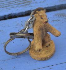 Porte-clé des années 1960-70, Labrador,figurine d'ours,un peu salie par le temps