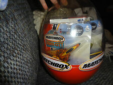 2002 MATCHBOX HUGE EASTER EGG WITH 4 TOYS HERO CITY NEW