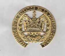 Republic of El Salvador Central America Military 2.5 inch hat badge sb/ cb