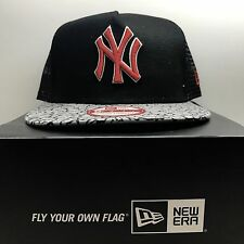 New Era MLB 9fifty New York Yankees mashSnapBack Baseball Holiday Cap  Free Post