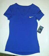 Nike Women Size Medium Victory Baselayer Short-Sleeve Dri Fit T Shirt V Neck New
