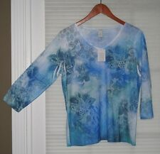 Chico's Blue Teal White Design  V-Neck  3/4 Sleeve Top Shirt  Size 0 (4-6) NWT