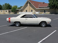 Dodge: Dart SWINGER