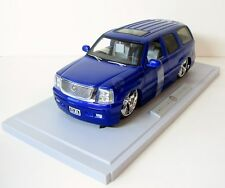 Jada Dub City Cadillac Escalade Lowrider Diecast Car Model 1/18 Blue NEW