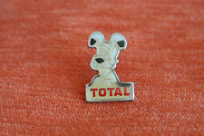 14725 PIN'S PINS VOITURE AUTO CAR TOTAL BD ASTERIX IDEFIX CHIEN DOG