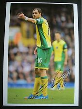 Johan Elmander of Norwich City, 12 x 8 inch photo personally signed by him.