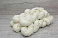 Sock Weight Superwash Merino Wool Yarn Undyed 5 x 100gm  (MERHHS0925)