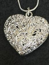 "Heart Filigree Puffy Shinny Charm Tibetan Silver 18"" Necklace BIN"