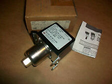 United Electric Pressure Switch Type H54 Model 144   NEW IN BOX
