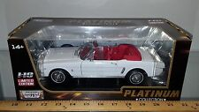 1/18 MOTOR MAX PLATINUM COLLECTION 1964 1/2 FORD MUSTANG CONVERTIBLE WHITE rd