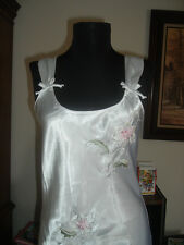 Cinema Etoile Long Satin bridal white Nightgown Gown S Bust 36/38 applique spray