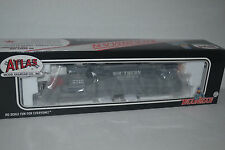Atlas 964 Southern Pacific GP38-2 Locomotive Ho Scale