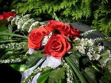 Autoschmuck Tischgesteck Rosen rot Schleierkraut weiss Hochzeit