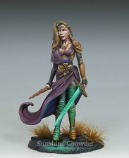 Female Warrior Mage DSM 7448 Visions in Fantasy - Dark Sword Miniatures Pewter