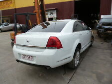 HOLDEN COMMODORE WM STATESMAN CAPRICE 3.6 5SPEED AUTO WRECKING. WHL NUTS FIT VE