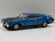1:18 1973 Ford XA Falcon RP083 Coupe (Cosmic Blue) Carlectables 18483