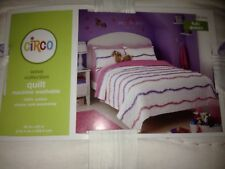 CIRCO WAVE COLLECTION COMFORTER QUILT - FULL QUEEN - PINK PURPLE RIBBONS -  NEW